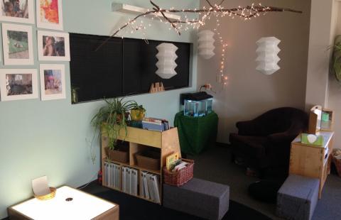 Preschool 1 room sitting area with fish tank