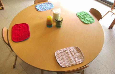 Preschool 2 lunch table